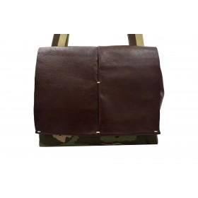 Shoulder bag in military...